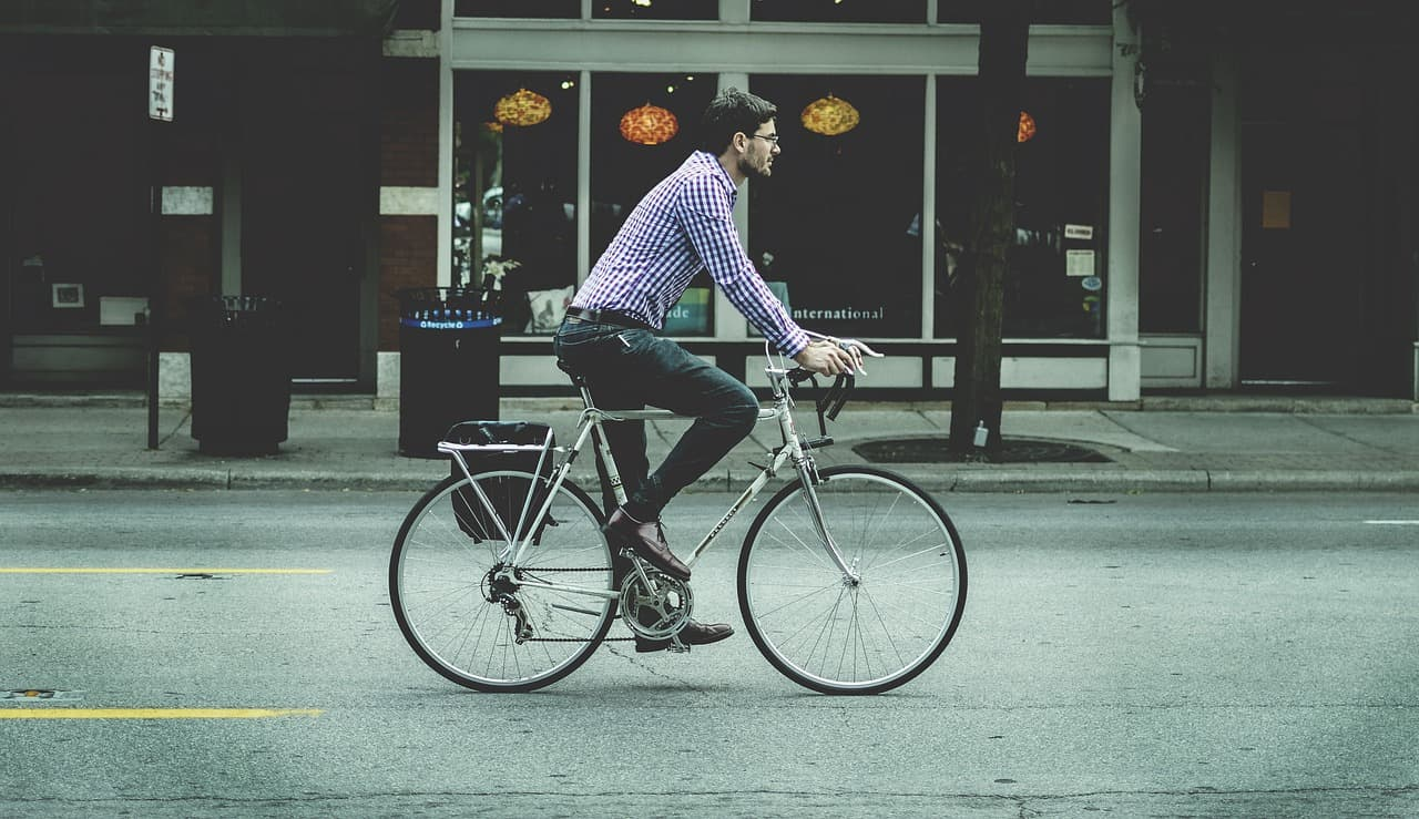 How to Ride a Fixed-Gear Bicycle