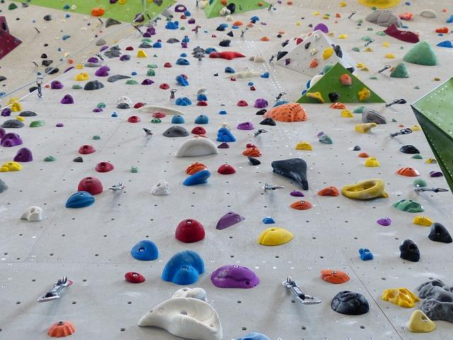 Using artificial climbing walls