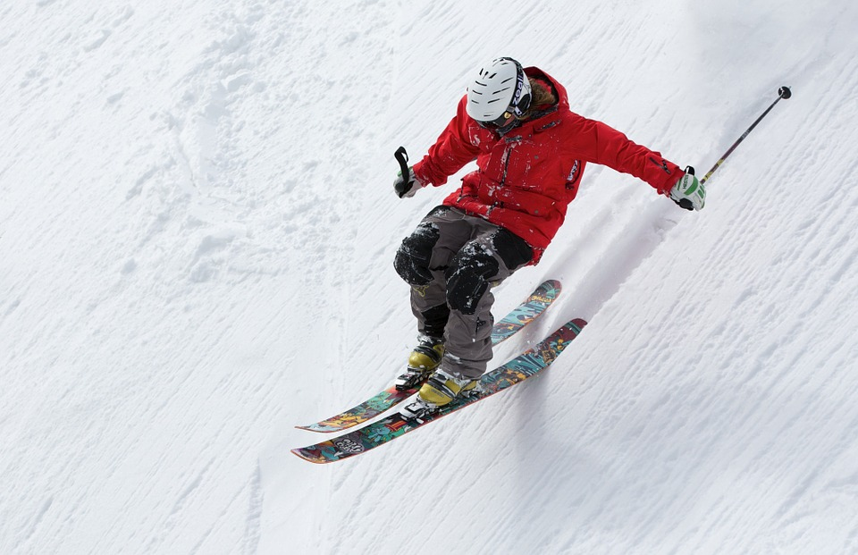 What is Alpine Skiing?